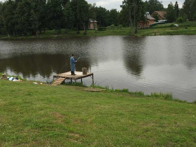 Рыбалка на Пионерском пруду