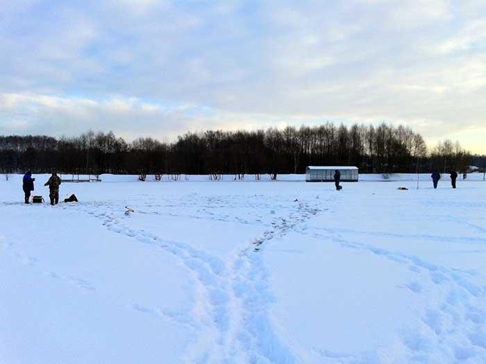 Зимняя рыбалка в Данилово