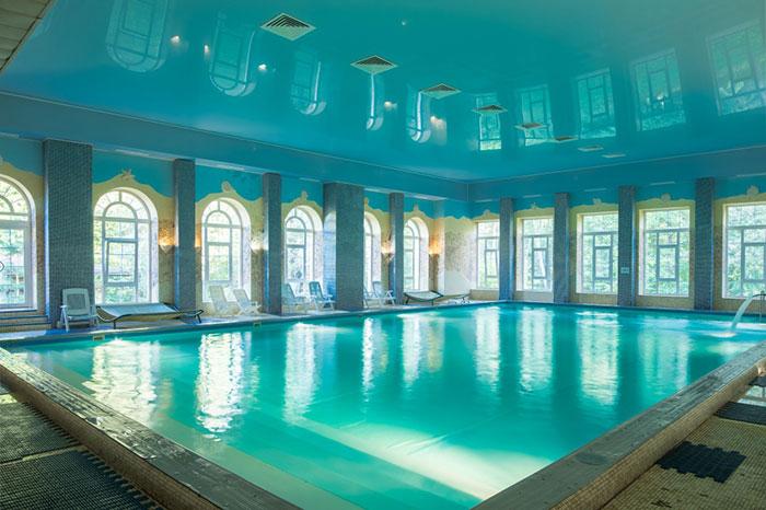 Отель с бассейном в Подмосковье