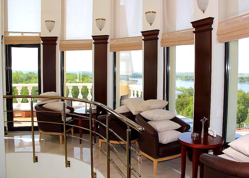 Выгодный отдых по будням в отеле M'Istra'L Hotel & SPA