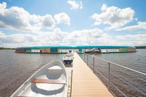 Апарт-отель Корабль на берегу Икшинского водохранилища