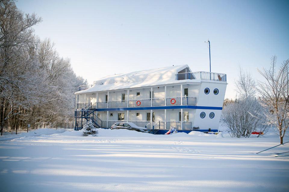 Празднование Нового года и Рождества в отеле «Корабль»